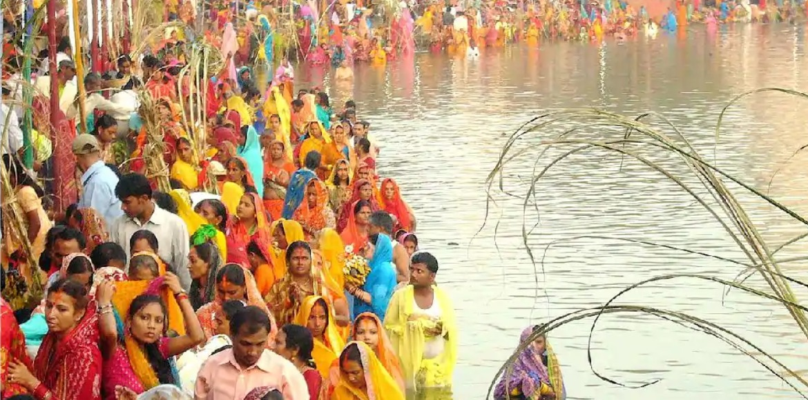 Delhi: Chhath Puja not allowed at public places due to rising coronavirus cases