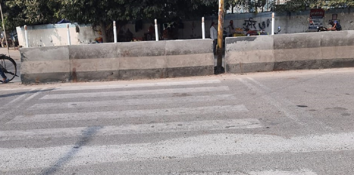 Residents demand restoration of zebra crossings in