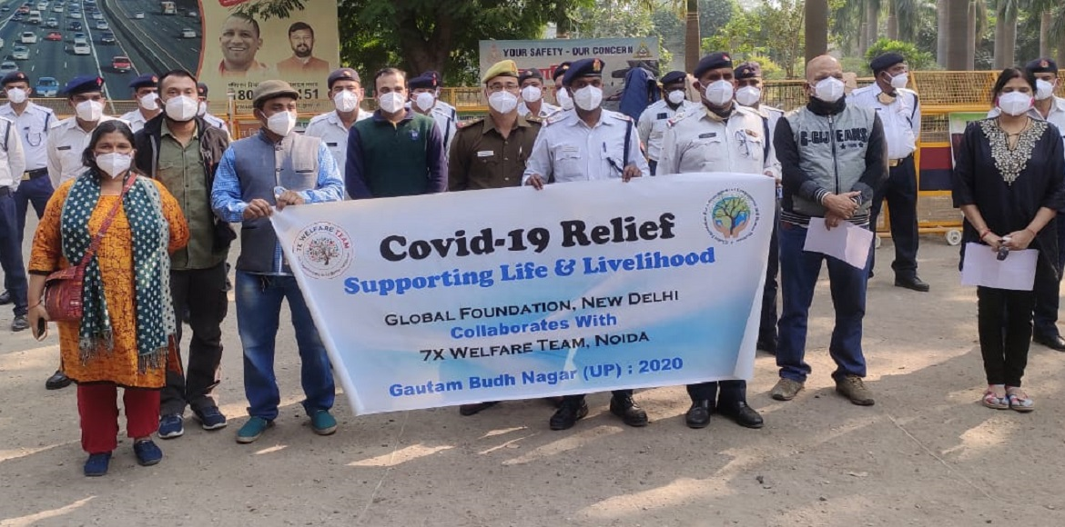 7X welfare team distributes masks to Covid-19 warr