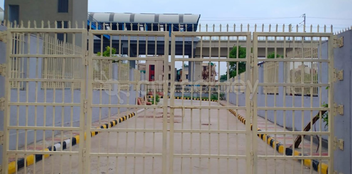 Noida: Closed gate reopens at Sector 61 metro stat