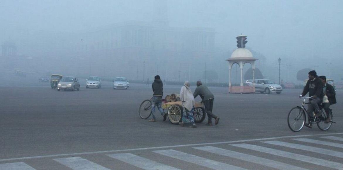 Minimum temperature drops in Delhi; expected to go