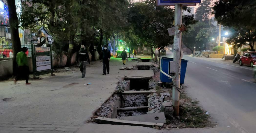 Dwarka: Missing drain covers make senior citizens