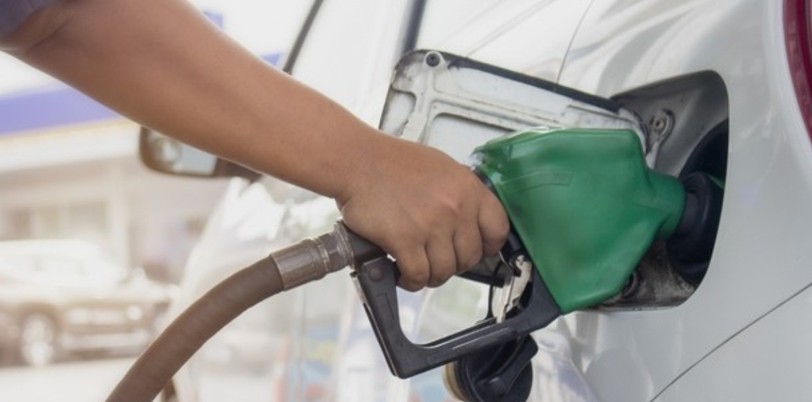 Second consecutive day hike pushes petrol price to