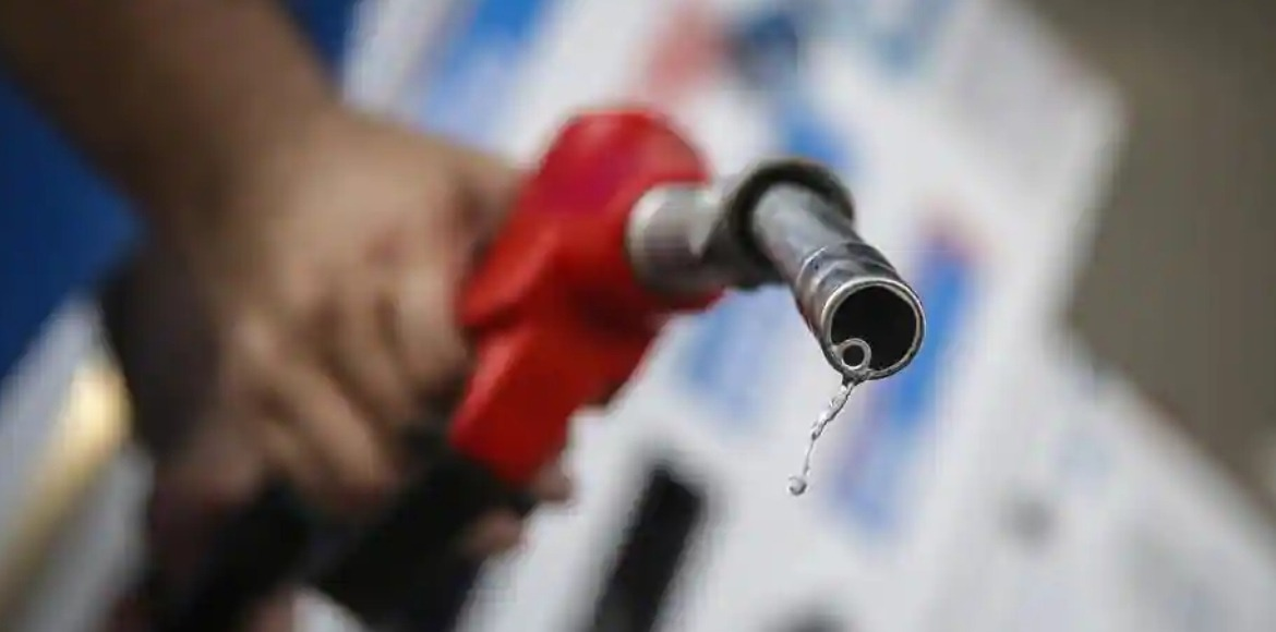 Petrol prices breach Rs 85 mark to be at record hi