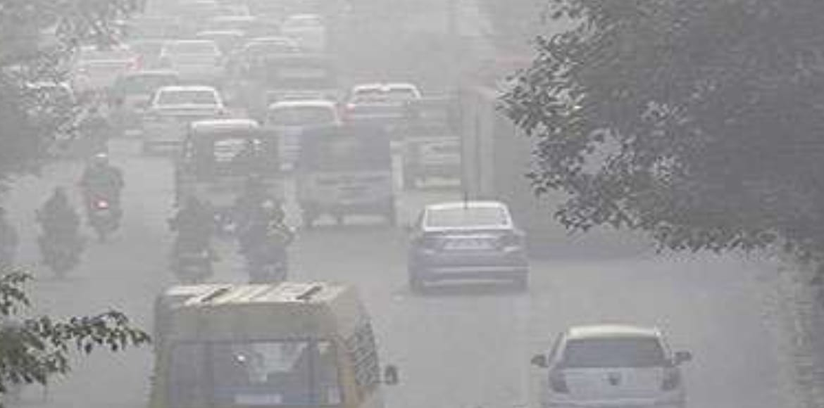 Air quality deteriorates to 'severe' category in Delhi
