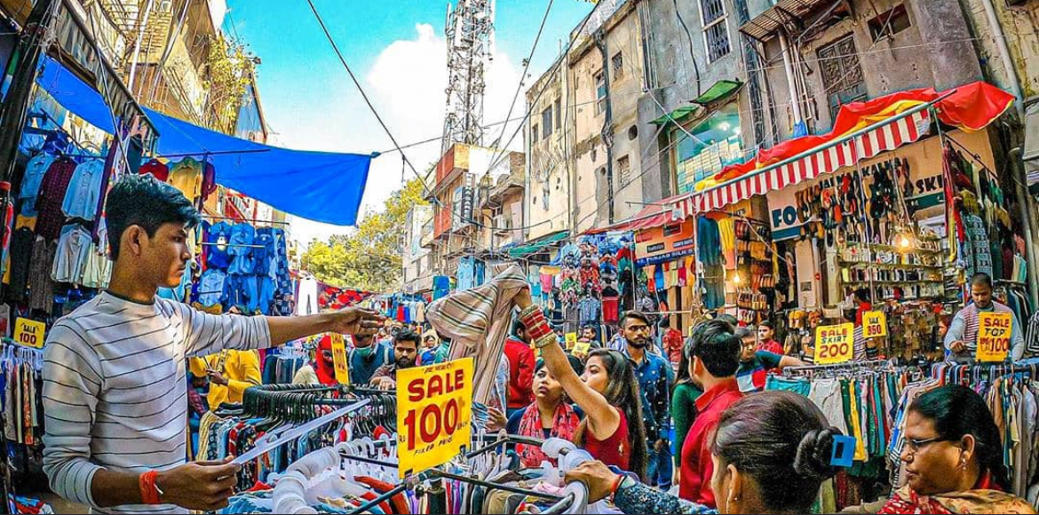 A rough guide to street shopping in Sarojini Nagar