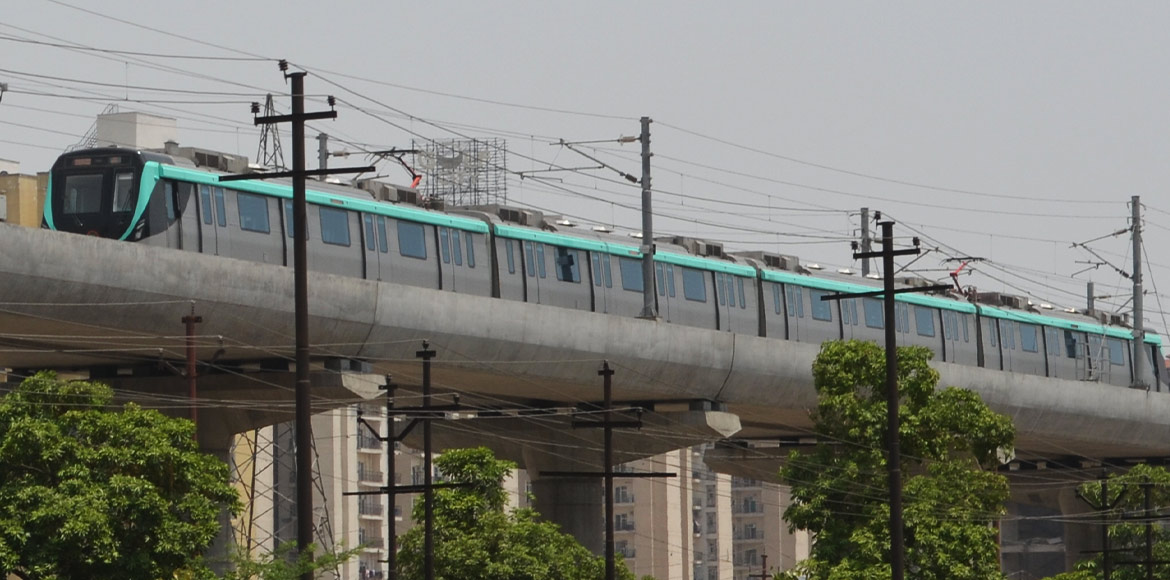 Noida Metro to add songs in announcement system
