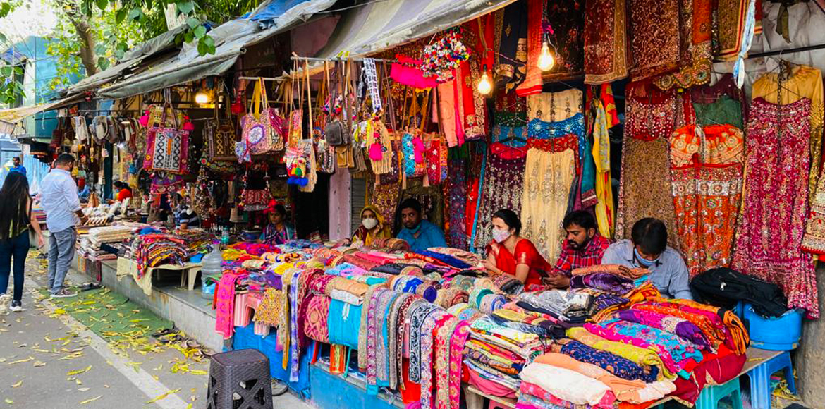 Here's a guide to street shopping at Janpath Market