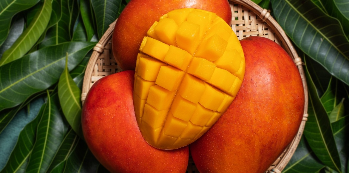 Shut up and bounce, the mango season is here!