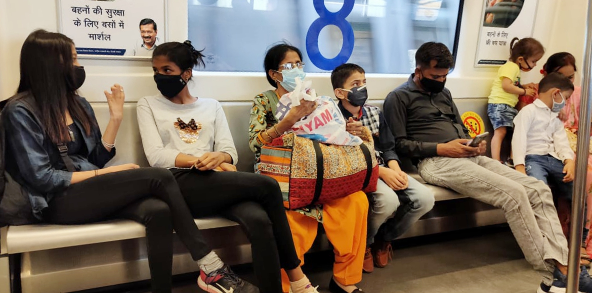 Passengers found violating Covid norms blatantly in Delhi Metro