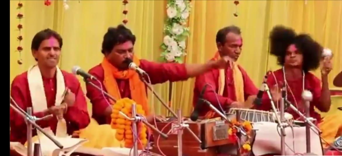 Video of four musicians with hilarious expressions