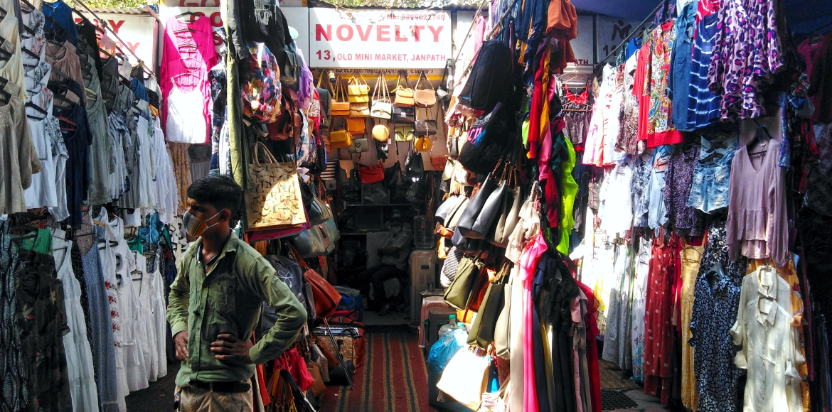 Rising coronavirus cases affect shopkeepers' earni