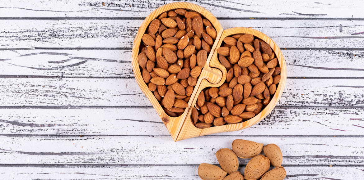 Almonds: A healthy snack and a versatile ingredient
