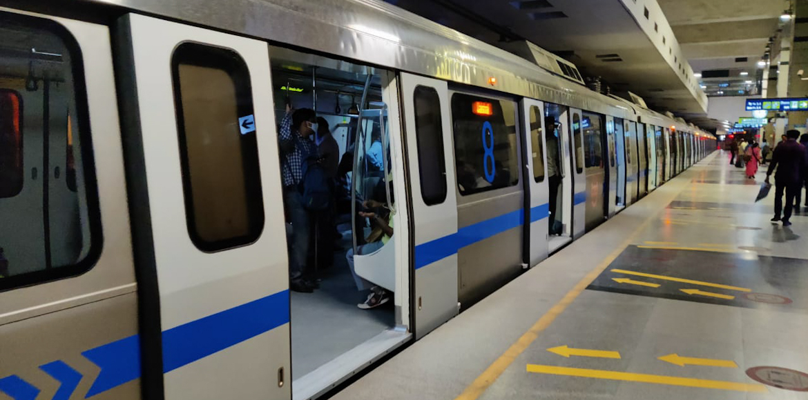 Power outage in Delhi Metro leads to long delays