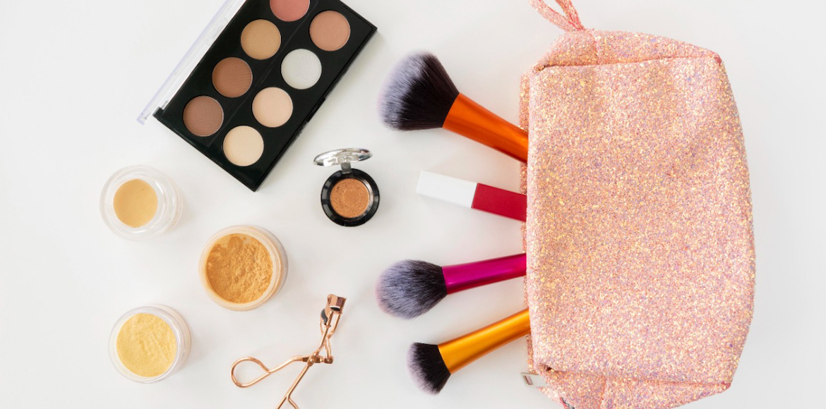 The 'Five Minute Makeup' routine