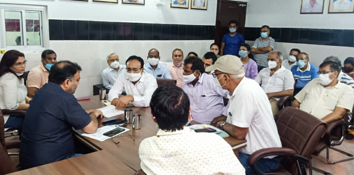 Dwarka: Residents meet MLA and DJB officials on water crisis