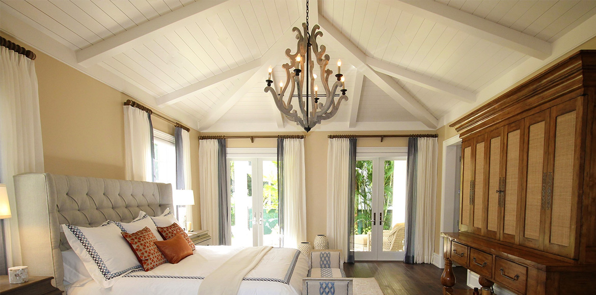 Affordable luxury with modern chandeliers