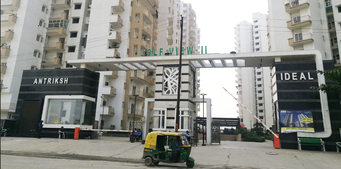 Antriksh Golf View 2: Residents escape unhurt in ceiling plaster fall
