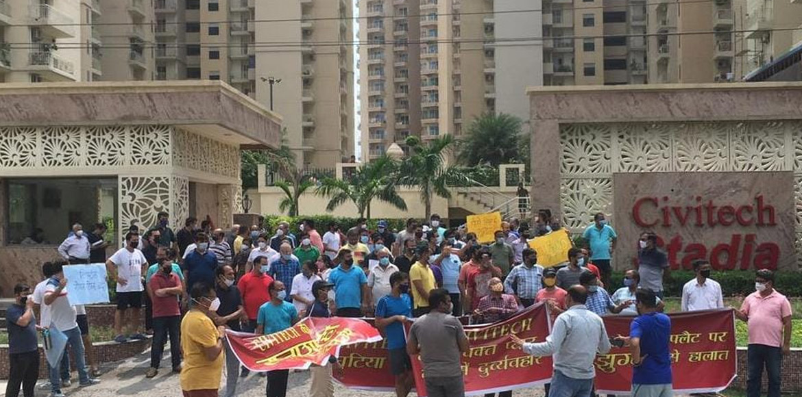 Noida: Residents of Civitech Stadia stage protest