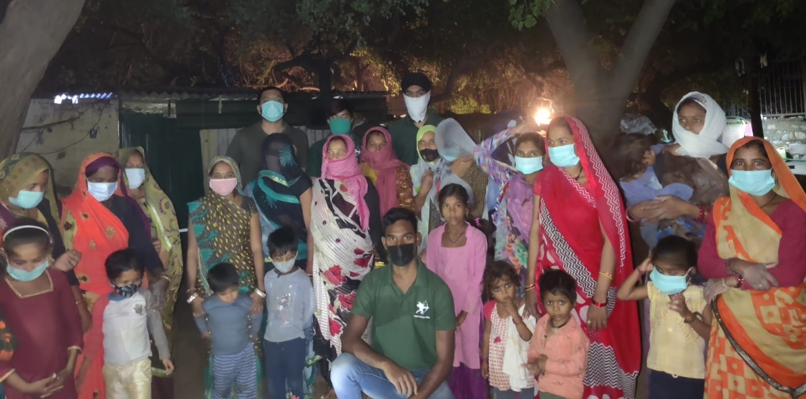 Robin Hood Army and H3 Foundation organized food drive for the underprivileged