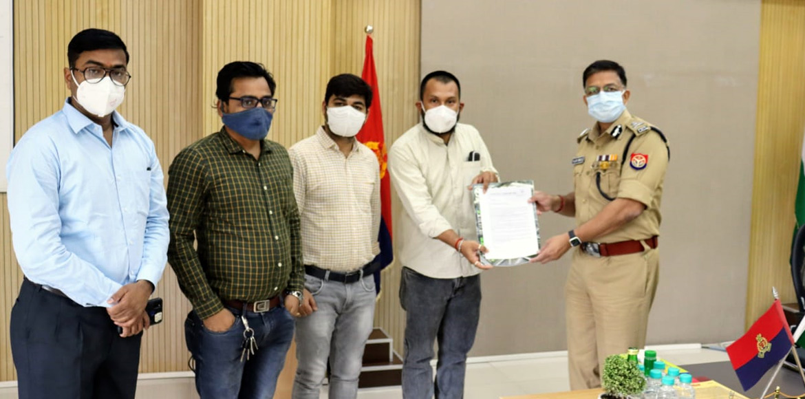 Noida: 7x welfare team meets police to discuss road safety issues