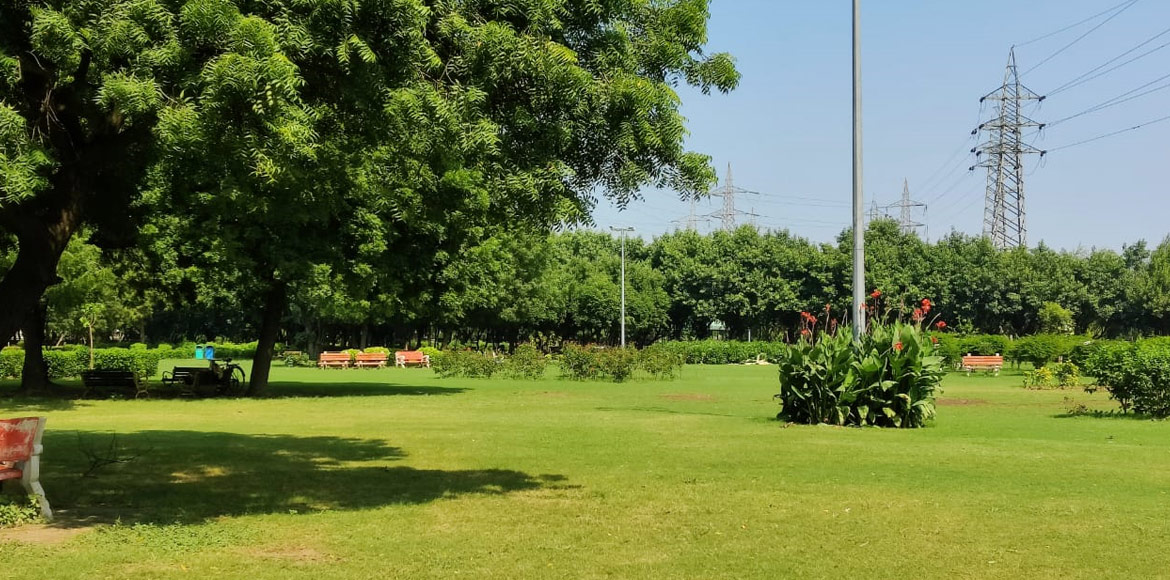 Dwarka: Pump it up at these parks