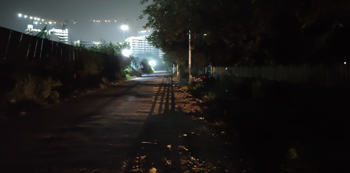 Dwarka: Residents frightened to move on dark stretch in Sector 14