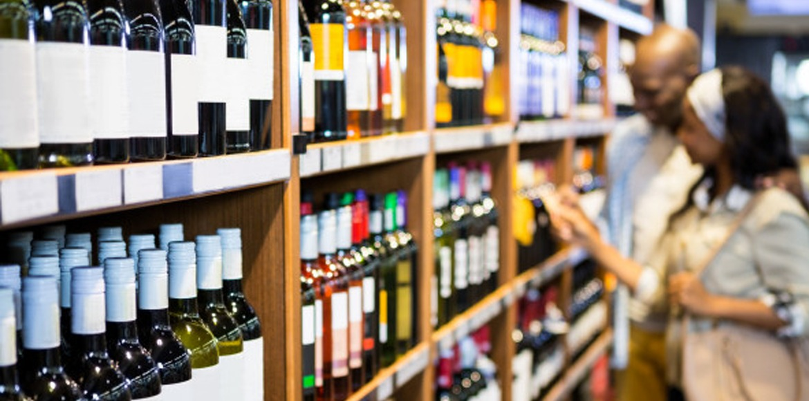 Closing time of liquor shops extended by one hour in Delhi