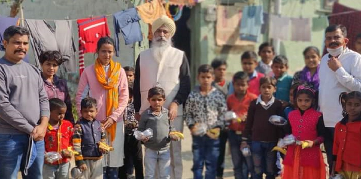 Residents support needy on eve of Chhath Puja in Noida