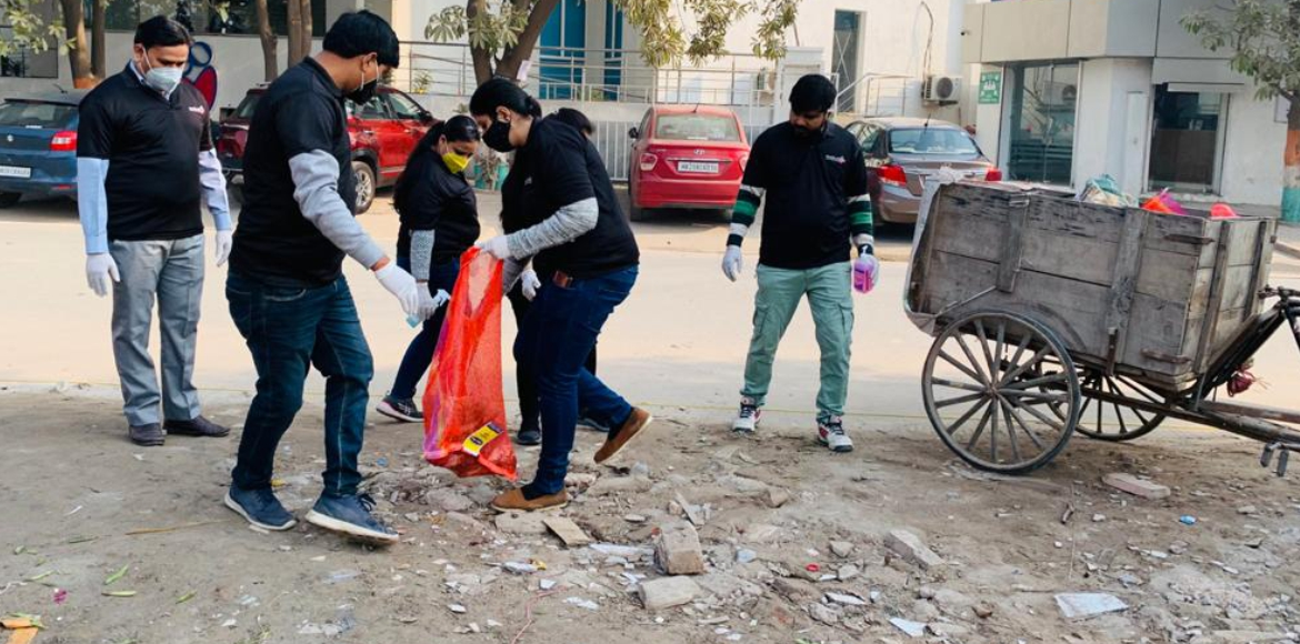 Motherhood Hospital employes take part in cleanliness drive